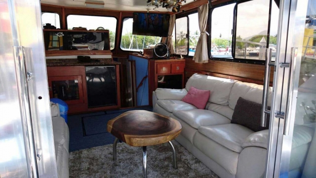 44-FT-Pacifica-Fishing-Yacht-Center-Table-and-Roomy-Cabin