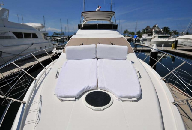 62 ft. Azimut - Luxury Power Yacht - Up to 25 People